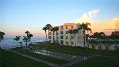 Island House Beach Resort 11S