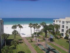Island House Beach Resort 18S