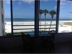 Island House Beach Resort 4S