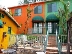 Pvt. Hacienda in pet friendly Tropical Estate