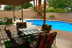 Opal Oasis- 40ft Pool with Diving Board! Luxury Amenities 4 Bedroom/3 Bathroom Home