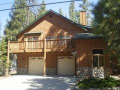 Peaceful Luxury Big Bear Lake Cabin