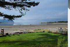 Big House- Little Beach