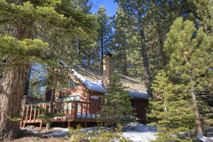 Wonderful Cabin with Hot Tub, Next to National Forest