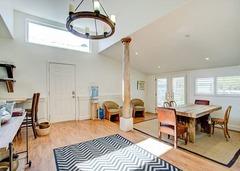 Peaceful 3BR Cottage in Petaluma + 2BR Bunk House