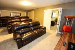 Beautiful Pool Home with Movie Theater, Located in an Golfing Community!