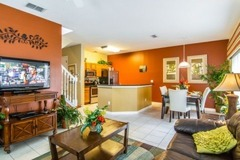 Professionally decorated 4 bedroom 3 bathroom townhouse
