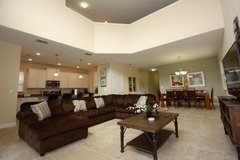 Truly Amazing 5 bedroom 5 bathroom home in Paradise Palms Resort!