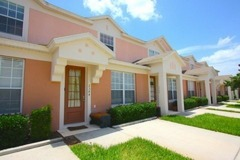 Afford-ably Priced 3 bedroom 3 bathroom Townhome in Windsor Palms Resort!
