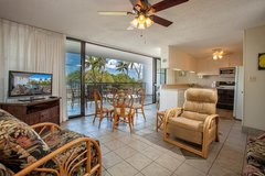 Up to 30% OFF through April!- Maui Parkshore #312