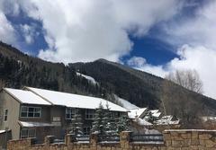Mountainside Inn #419 & #421 (Combined)