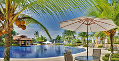 Tropical Paradise Condo- Colina 2A