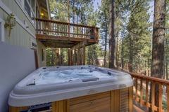 Nestled Pines Retreat
