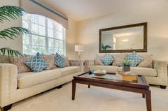 Gorgeous 6 Bedroom Private Pool Home...Close to Disney!