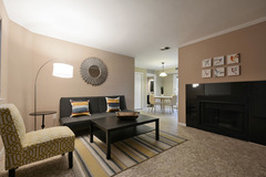 1BR Chic Downtown Pad