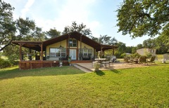 2BR Lake Travis House, Steps to the Water!