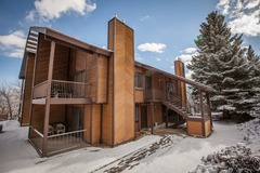 3BR/2BA Stunning Mountain Condo, Park City