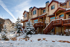 5BR/3.5BA Mountain Townhome with Hot Tub, Park City