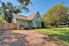 Four-Bedroom North Loop Charmer in Austin House