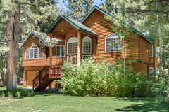 Home by the Woods in So Lake Tahoe