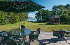 Waterfront Colonial in East Boothbay