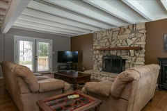 Walk to Downtown Templeton-Fabulous Oversized 3000 Sq Ft 4 Bed